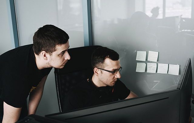 Outsourcing IT czy jest i kiedy jest potrzebny usługa informatyczna?
